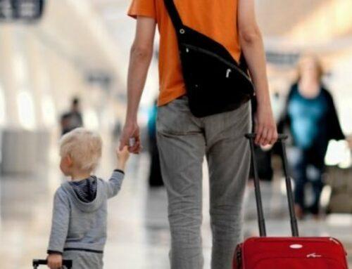 С какими документами можно съездить с ребенком в другую страну